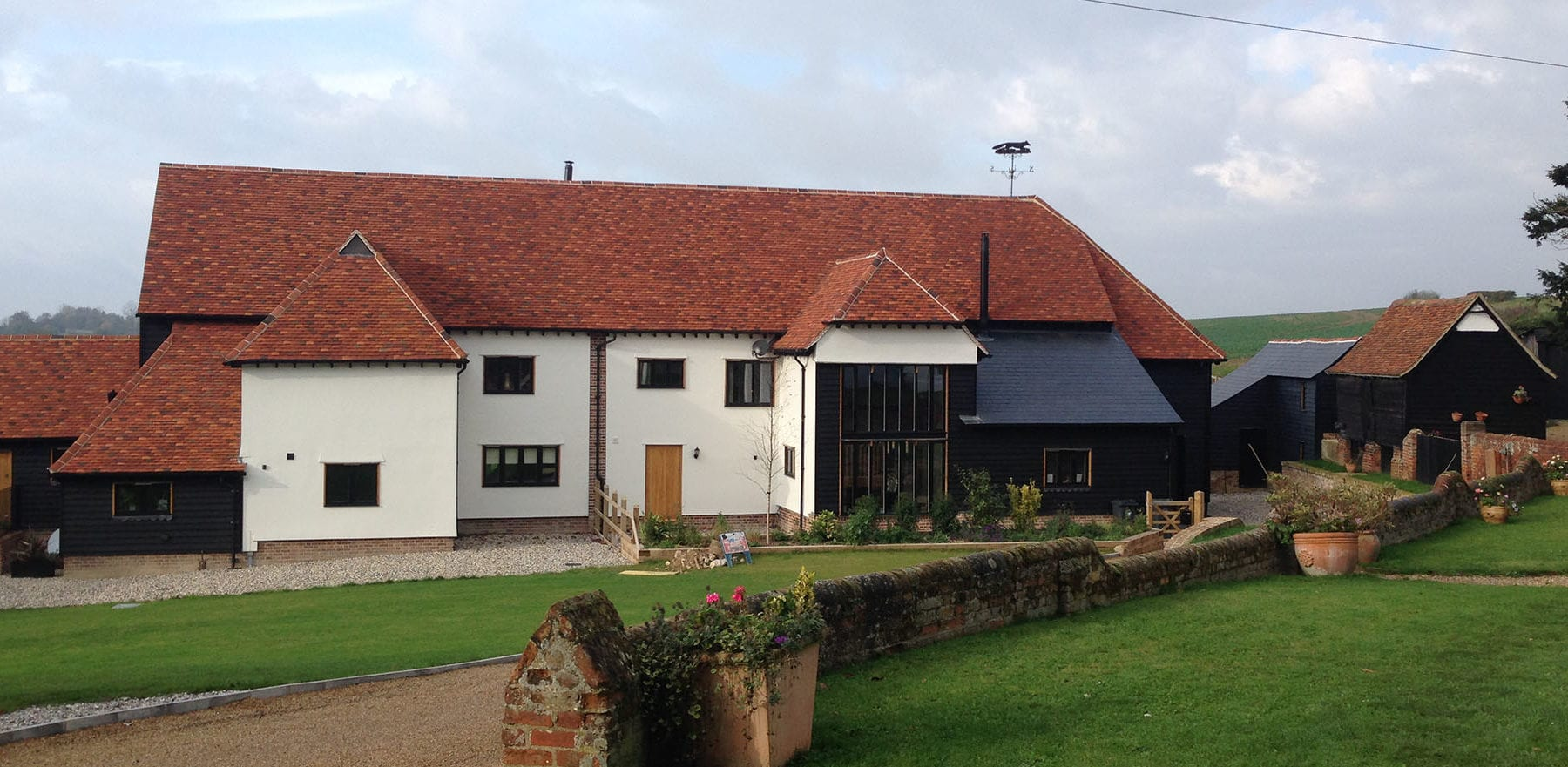 Lifestiles - Handmade Multi Clay Roof Tiles - De Vere, England 2