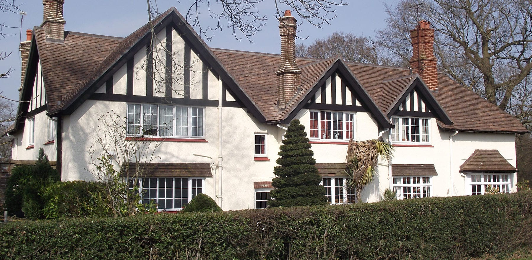 Lifestiles - Handmade Restoration Clay Roof Tiles - Cuckfield, England 2