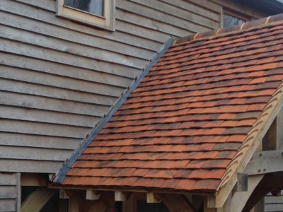 Lifestiles - Handmade Berkshire Clay Roof Tiles - Hartwood Oak, England