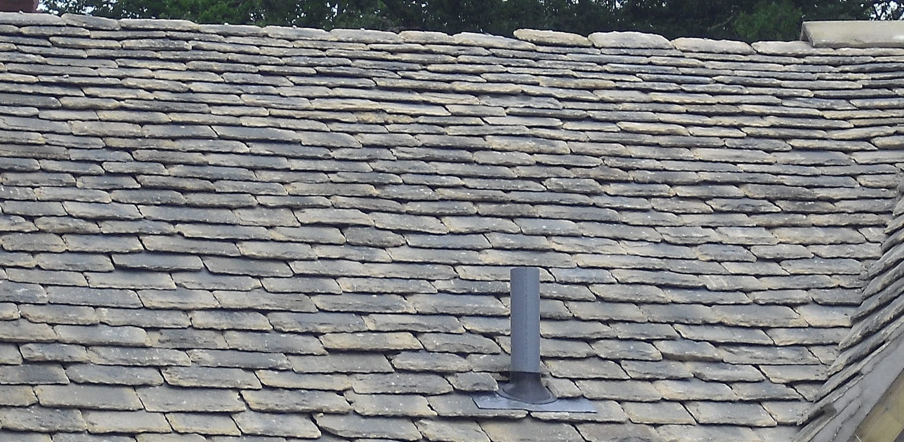 Lifestiles - Natural Stone Aged Roof Tiles - Letcombe, England
