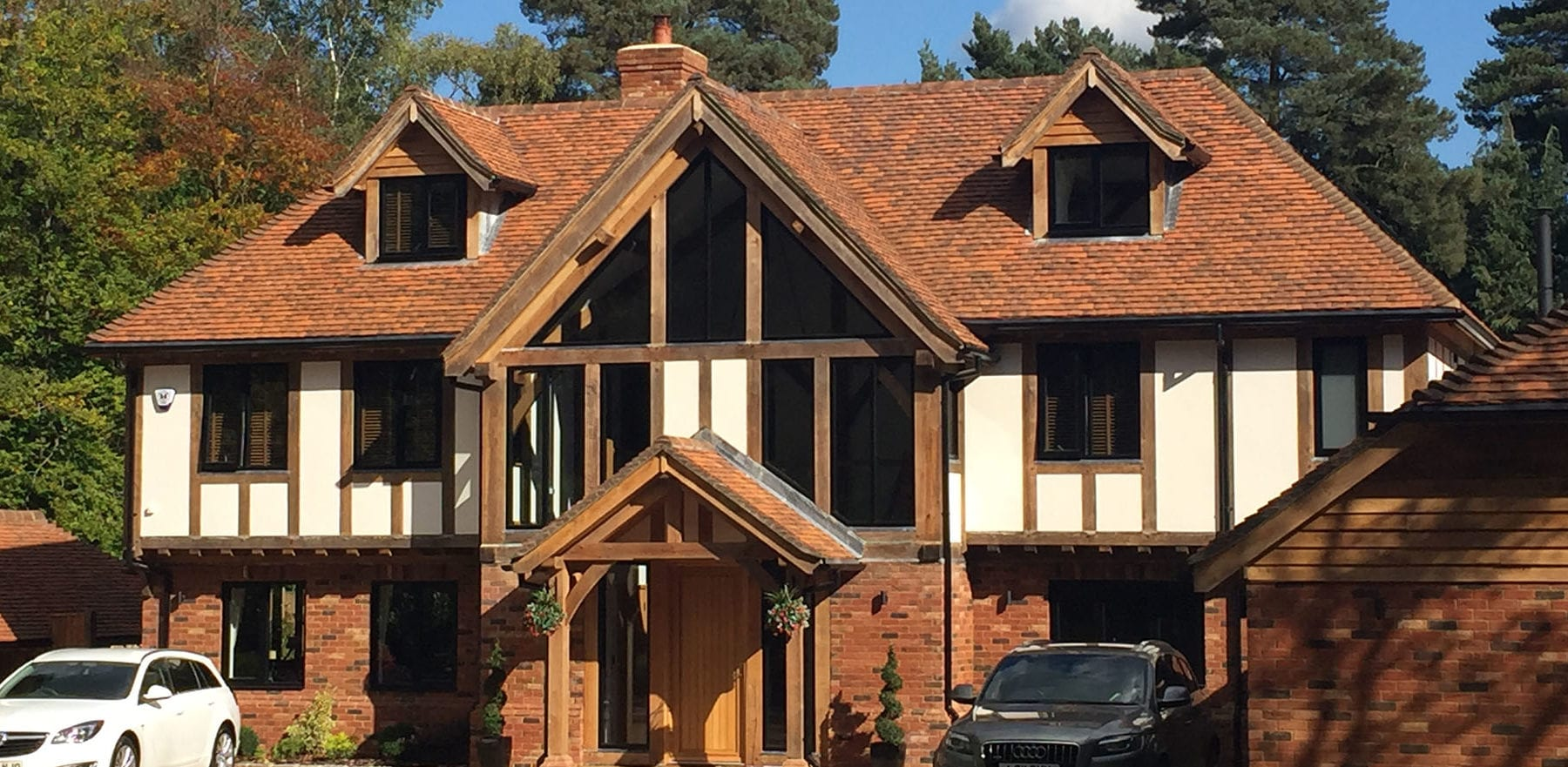 Lifestiles - Handmade Berkshire Clay Roof Tiles - Crowthorne, England 2