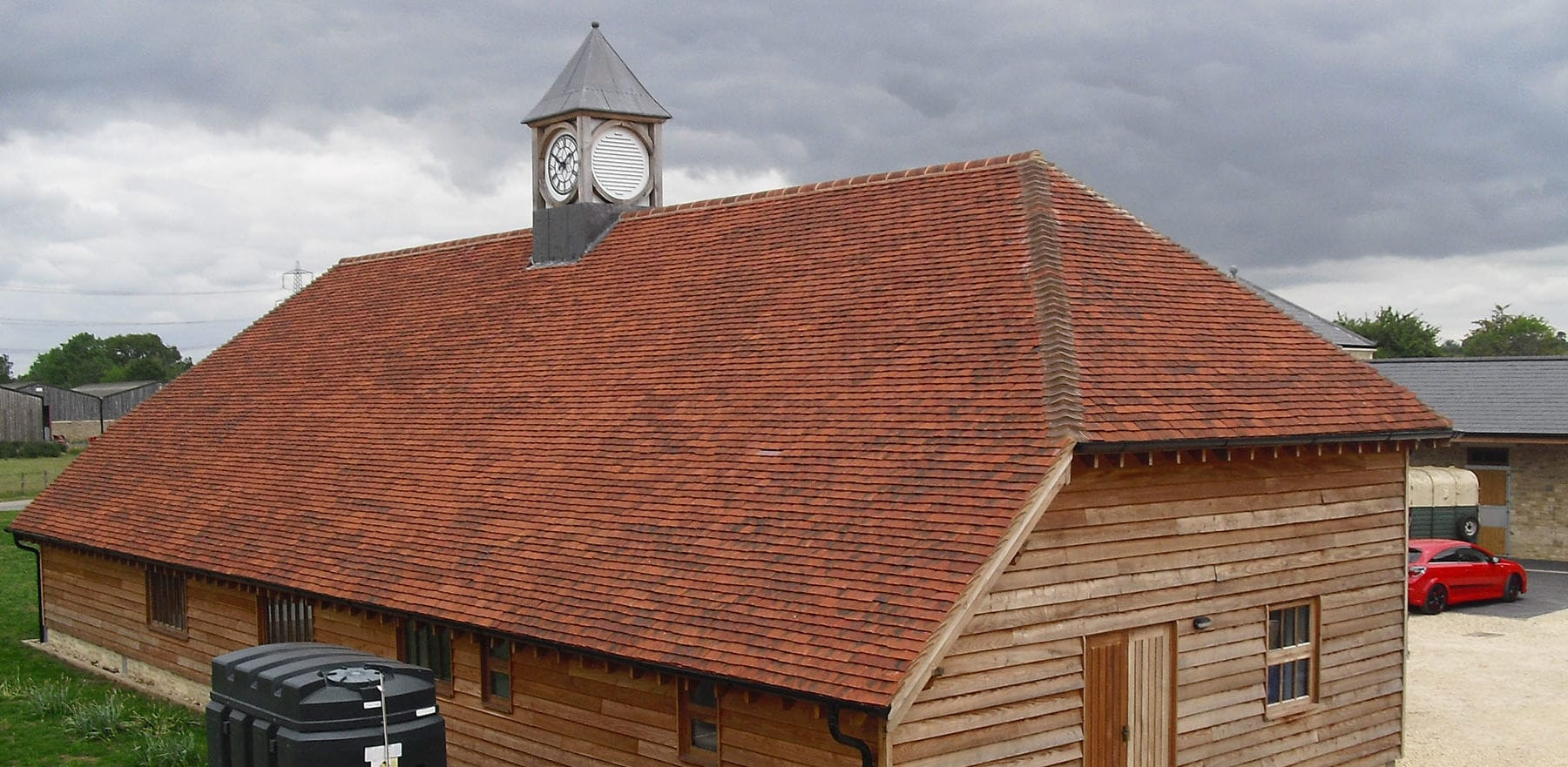Lifestiles - Handmade Wiltshire Clay Roof Tiles - Oxford, England 2