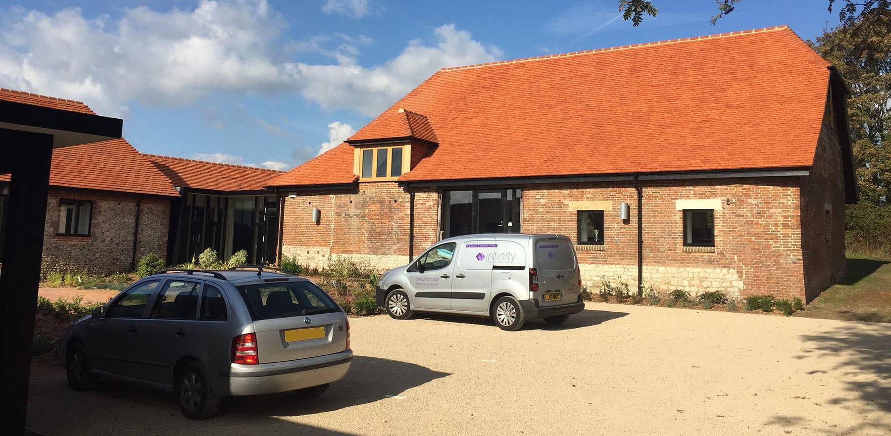 Lifestiles - Handcrafted Pentlow Clay Roof Tiles - Petersfield, England 2