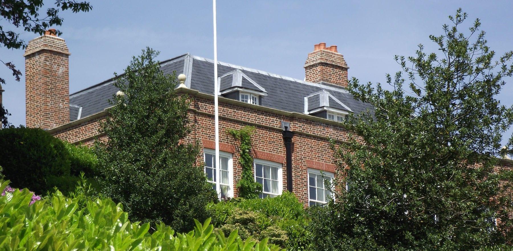 Lifestiles - Spanish Natural Slate Roof Tiles - Brook House, England 2