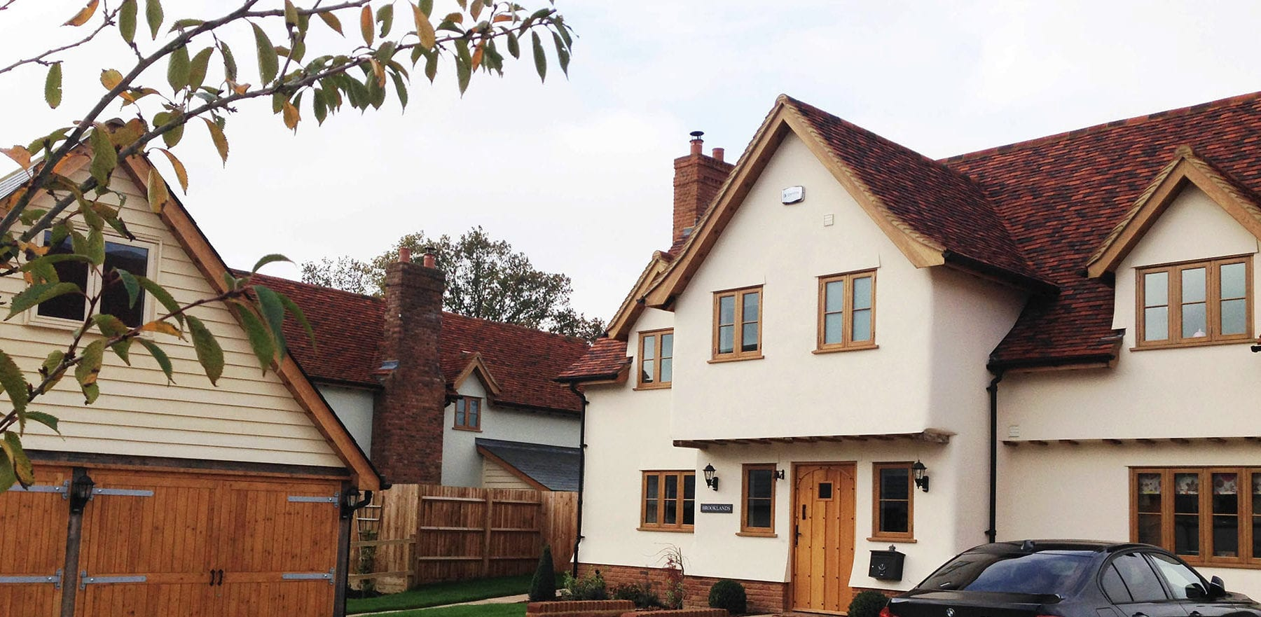 Lifestiles - Handmade Multi Clay Roof Tiles - Manuden, England 2