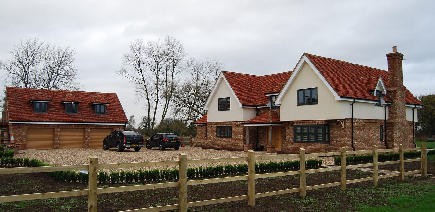 Lifestiles - Handmade Multi Clay Roof Tiles - Nazing, England 2