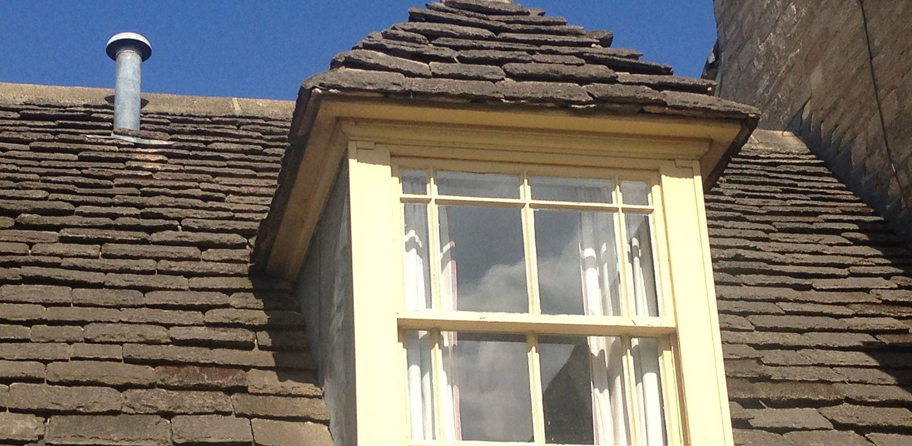 Lifestiles - Natural Stone Aged Roof Tiles - Oxford University, England 2