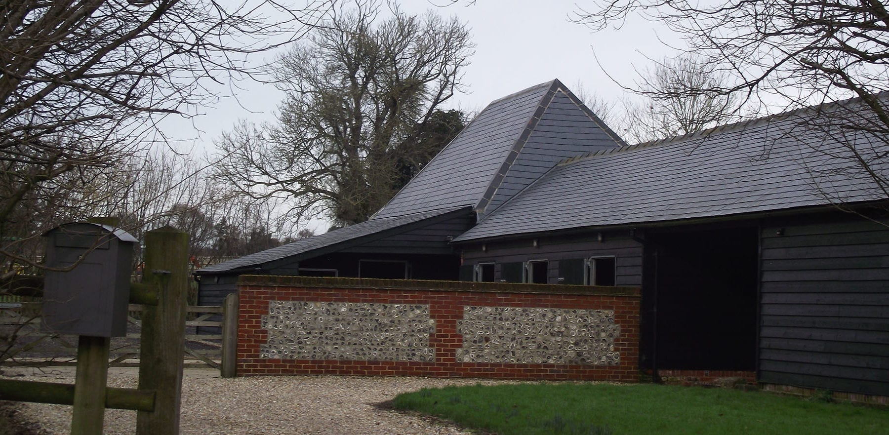 Lifestiles - Spanish Natural Slate Roof Tiles - Mayfield, England
