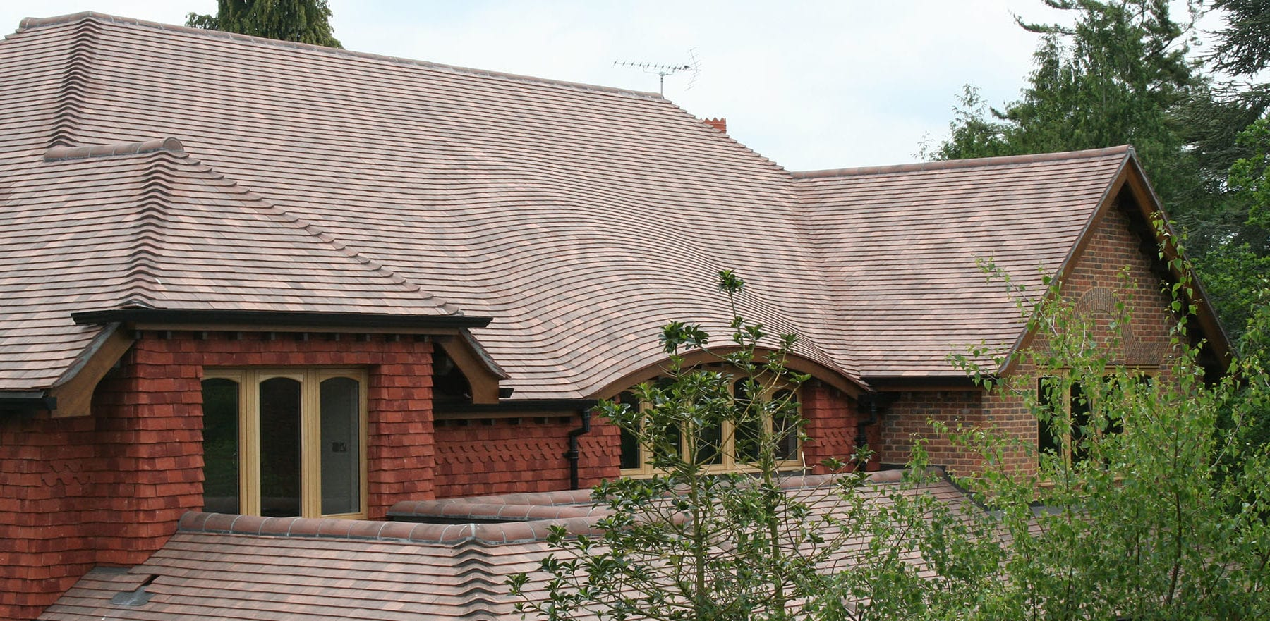 Lifestiles - Machine Made French Collection Roof Tiles - Various, England 3