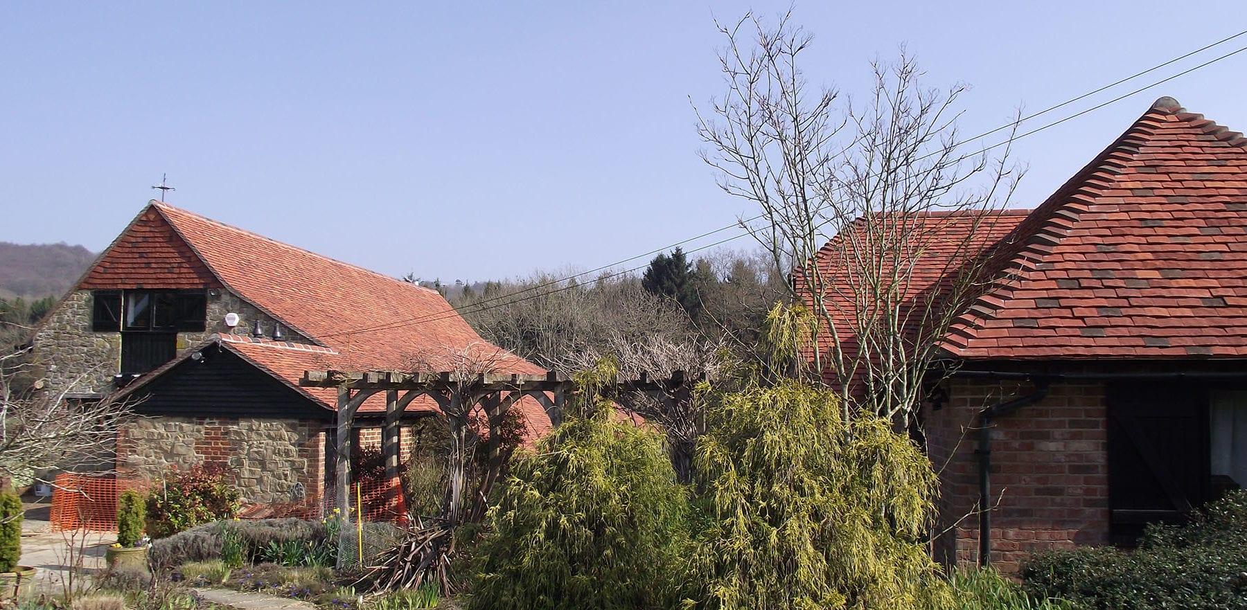 Lifestiles - Handmade Multi Clay Roof Tiles - Fernhurst, England 3