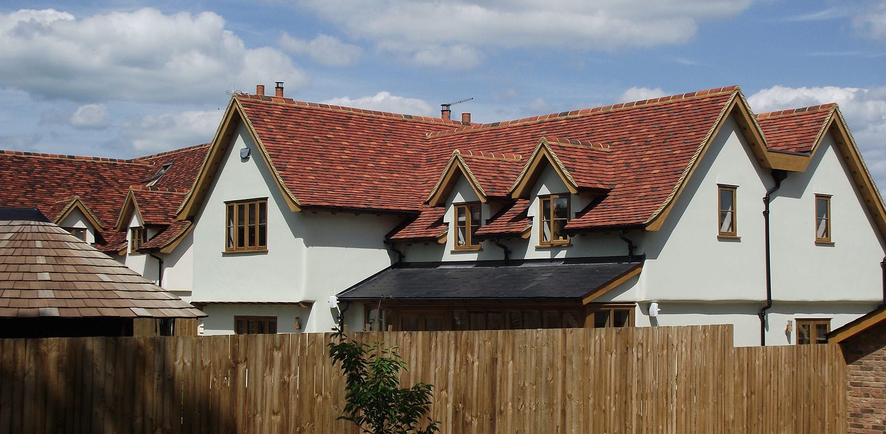 Lifestiles - Handmade Multi Clay Roof Tiles - Manuden, England 3