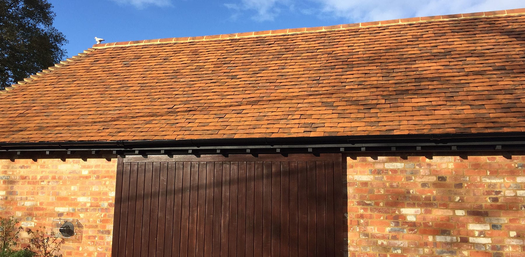 Lifestiles - Handmade Berkshire Clay Roof Tiles - Thatcham, England 2
