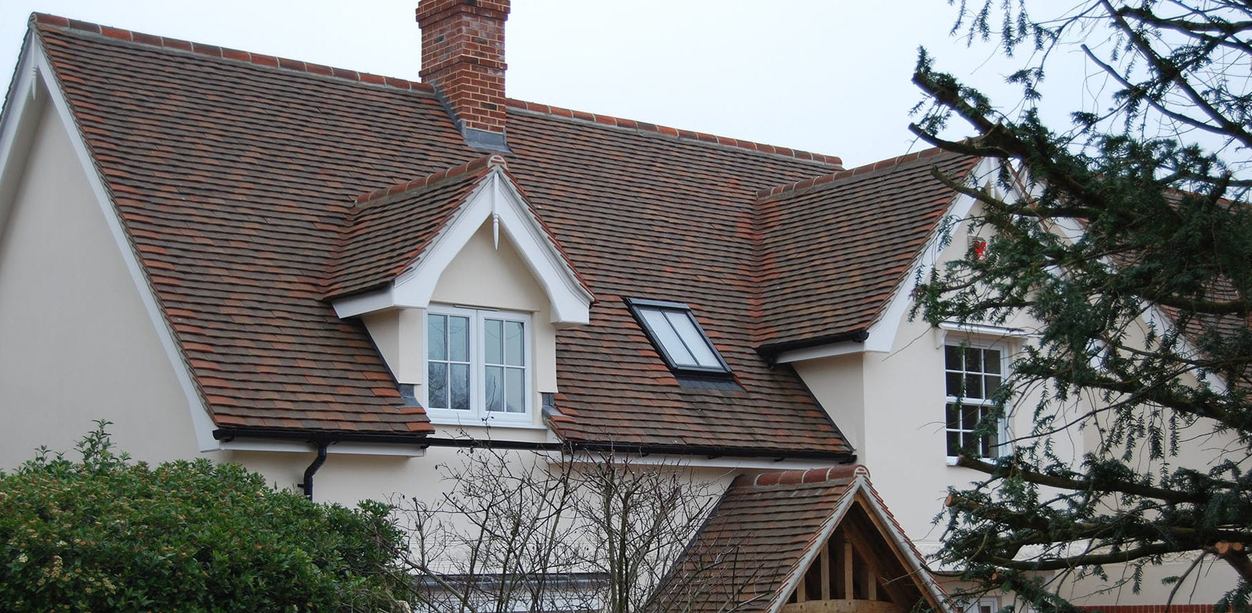 Lifestiles - Handcrafted Autumn Clay Roof Tiles - Bergholt, England 2