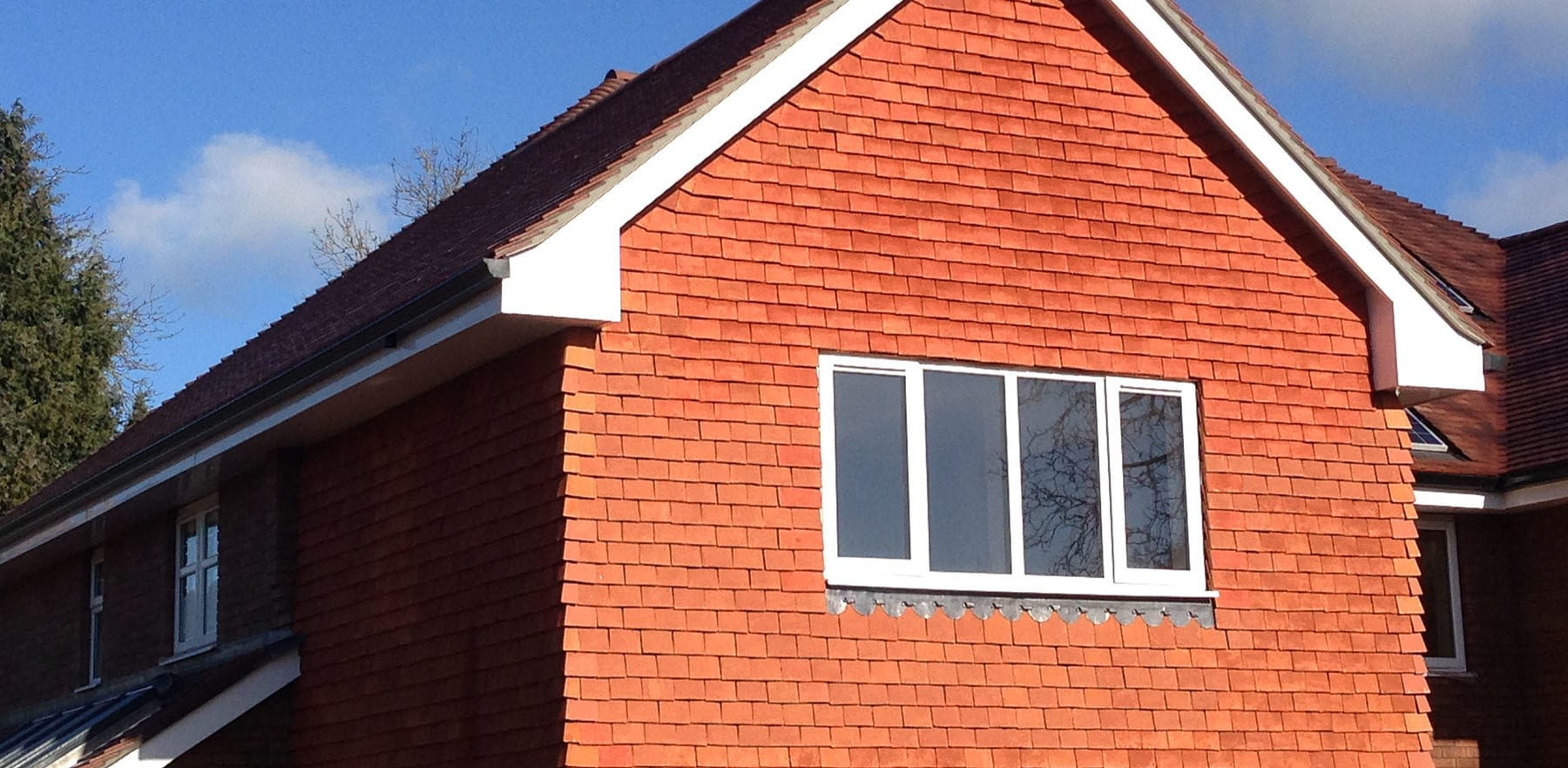 Lifestiles - Handcrafted Pentlow Clay Roof Tiles - Crondall, England 2