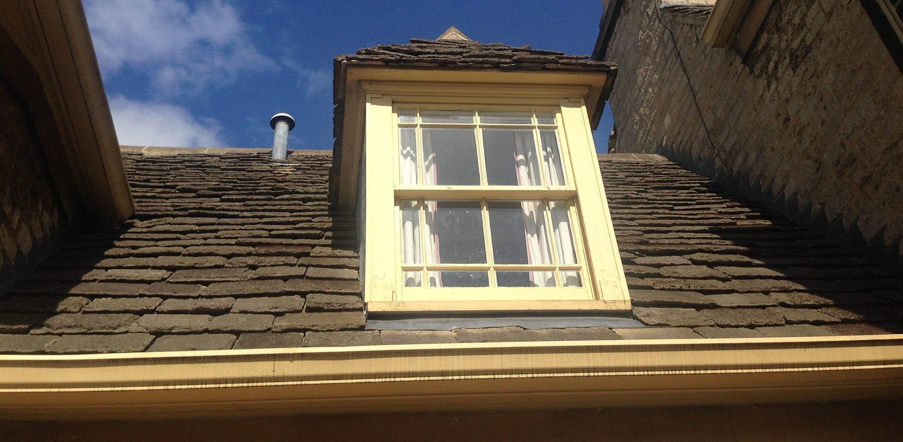 Lifestiles - Natural Stone Aged Roof Tiles - Oxford University, England 3