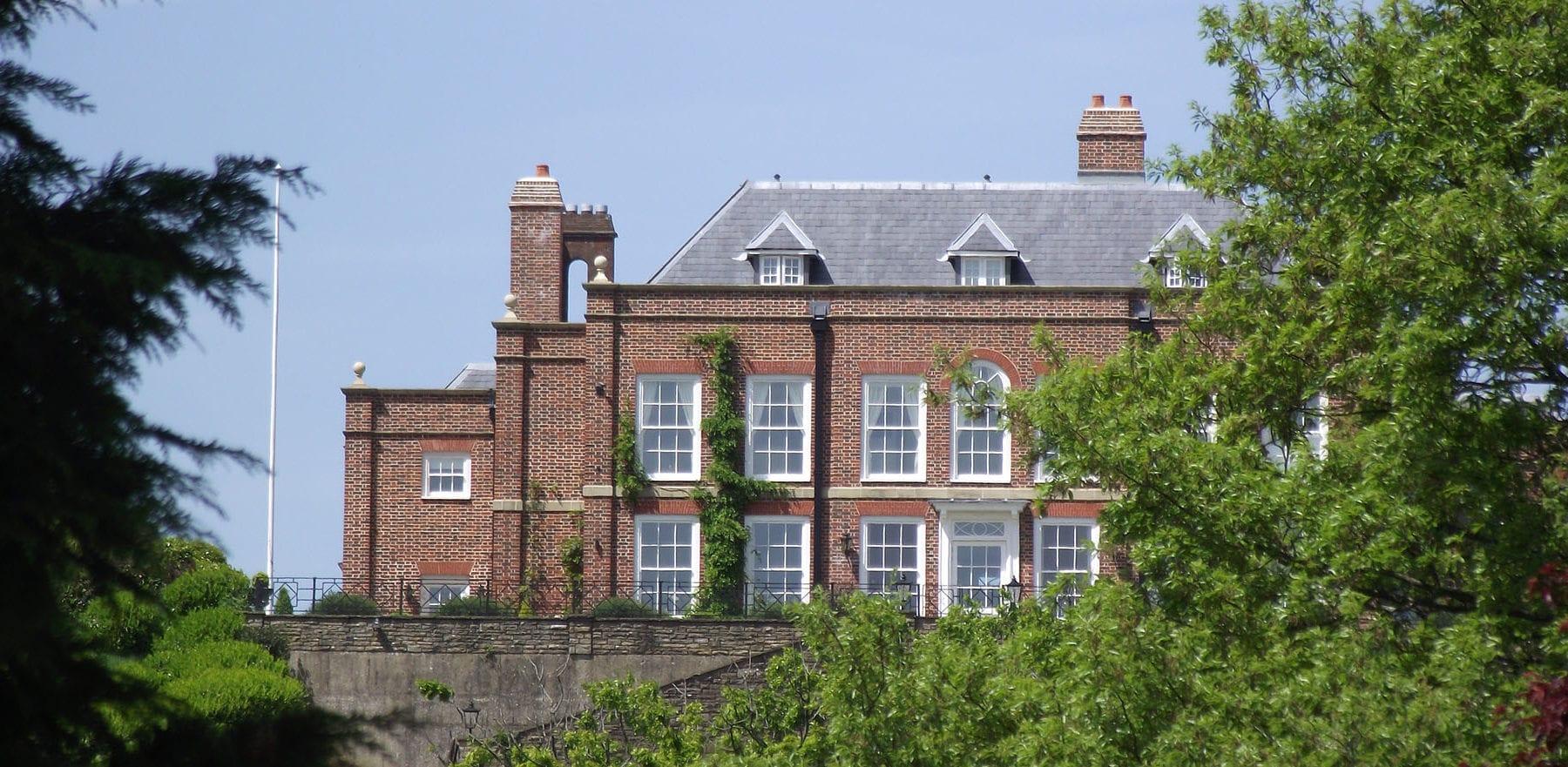 Lifestiles - Spanish Natural Slate Roof Tiles - Brook House, England 4