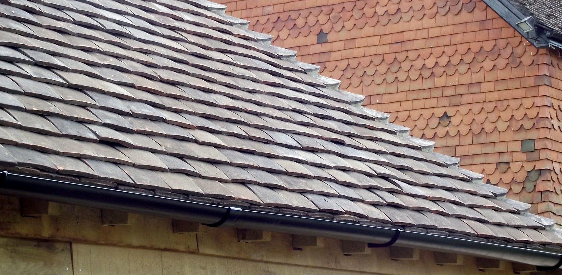 Lifestiles - Handmade Restoration Clay Roof Tiles - Cart Lodge, England 3