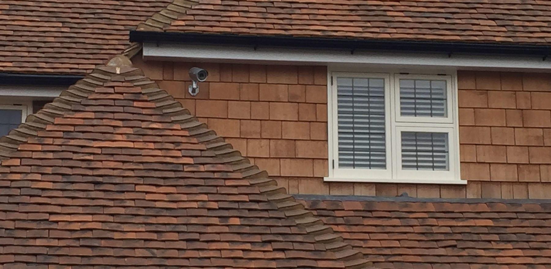 Lifestiles - Handmade Oakhurst Clay Roof Tiles - Hampton Hill, England 4
