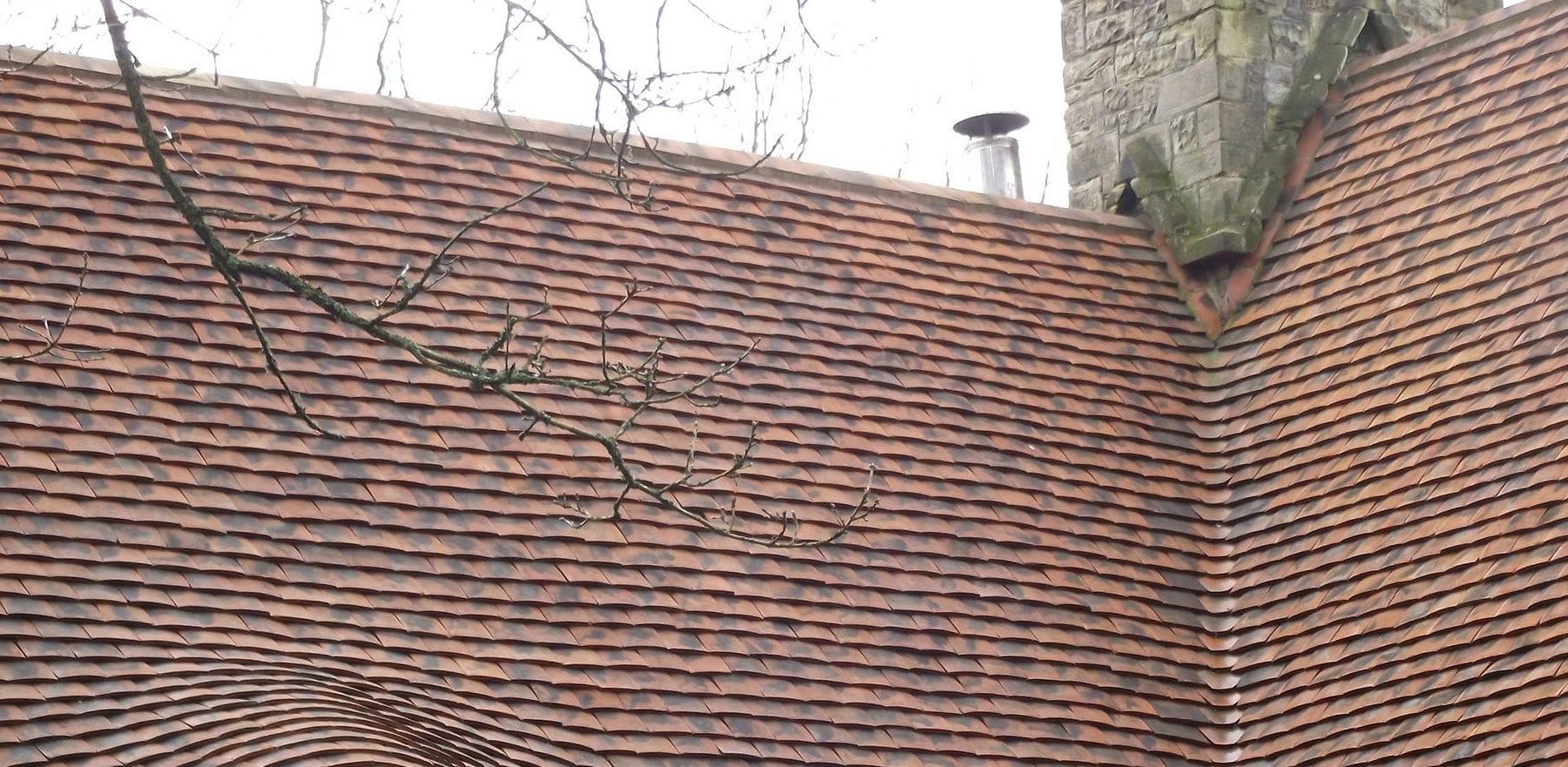 Lifestiles - Handmade Berkshire Clay Roof Tiles - Flimwell, England 3