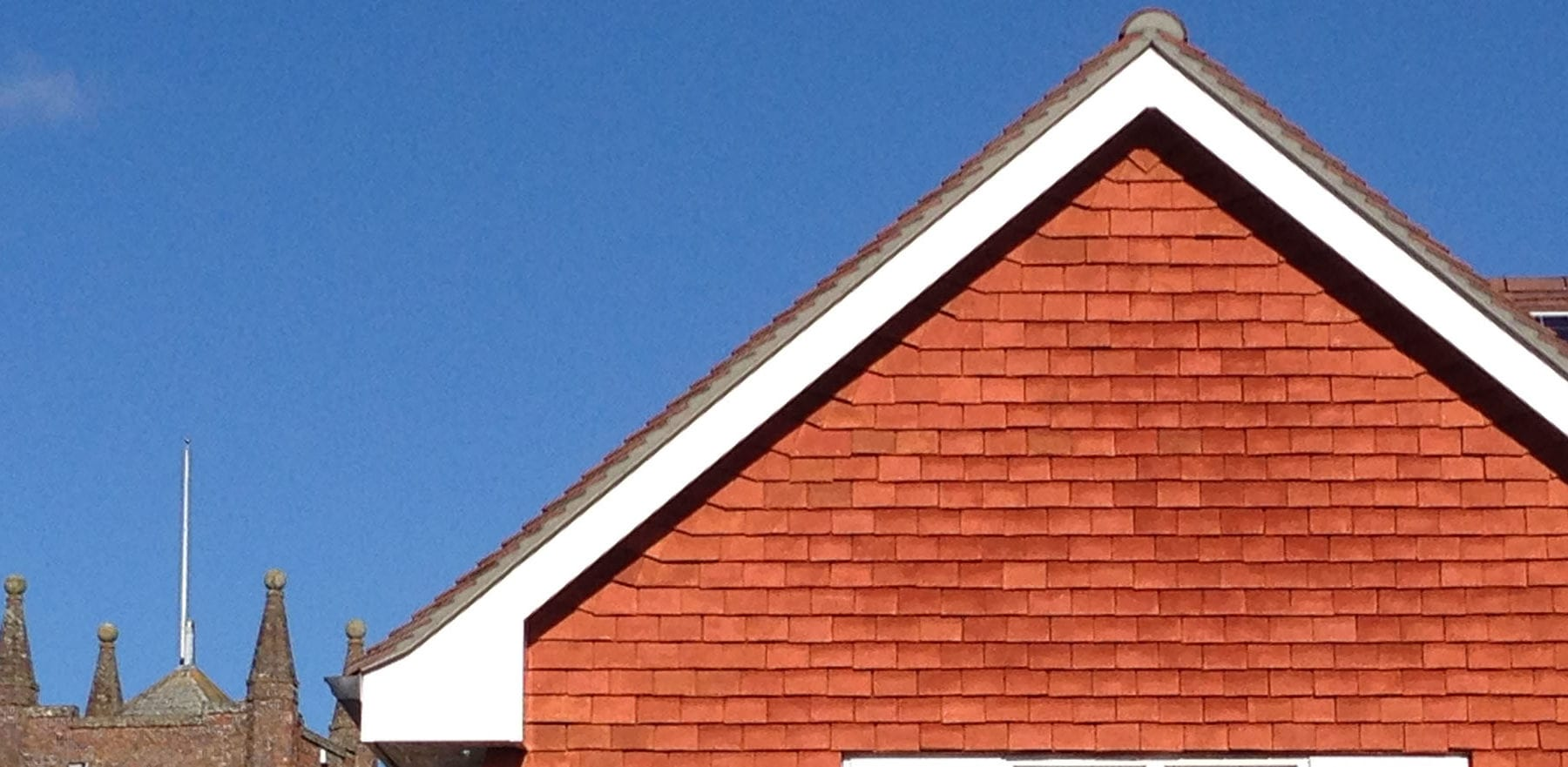 Lifestiles - Handcrafted Pentlow Clay Roof Tiles - Crondall, England 3
