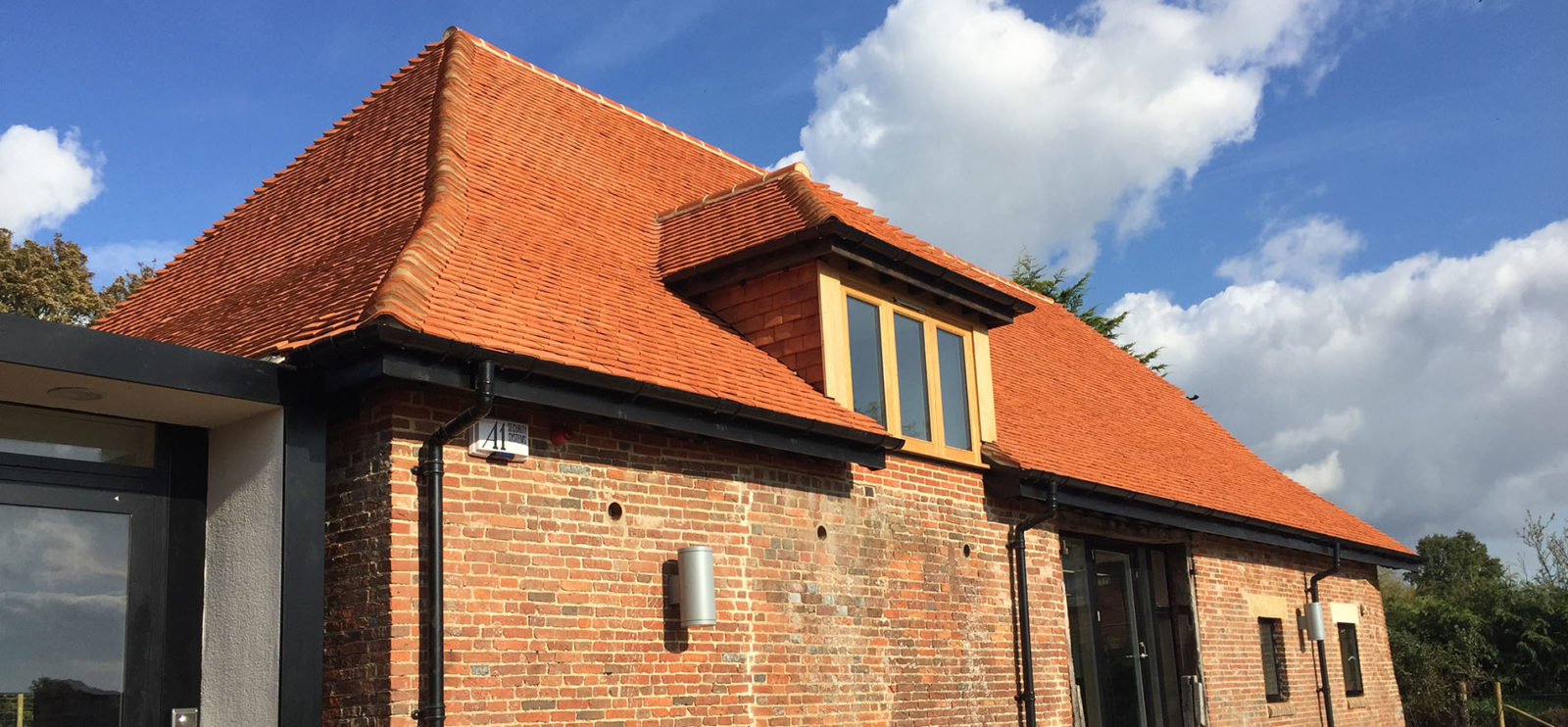 Lifestiles - Handcrafted Pentlow Clay Roof Tiles - Petersfield, England 5
