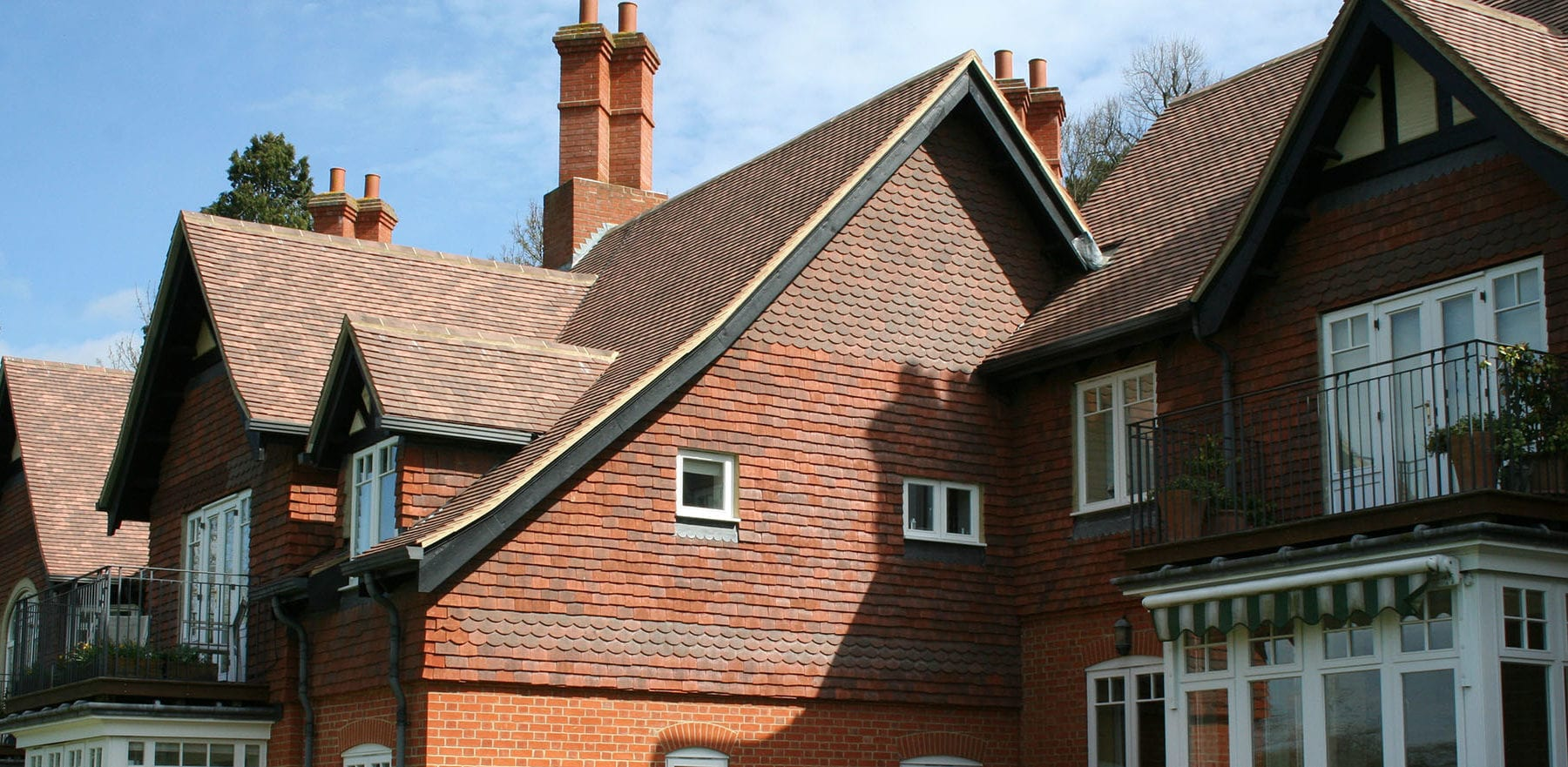 Lifestiles - Machine Made French Collection Roof Tiles - Various, England 5