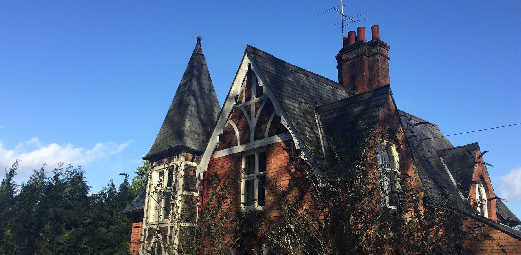 Lifestiles - Welsh Natural Slate Roof Tiles - Various, England 5