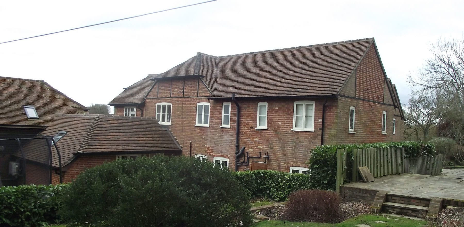 Lifestiles - Handmade Restoration Clay Roof Tiles - Roke, England 4