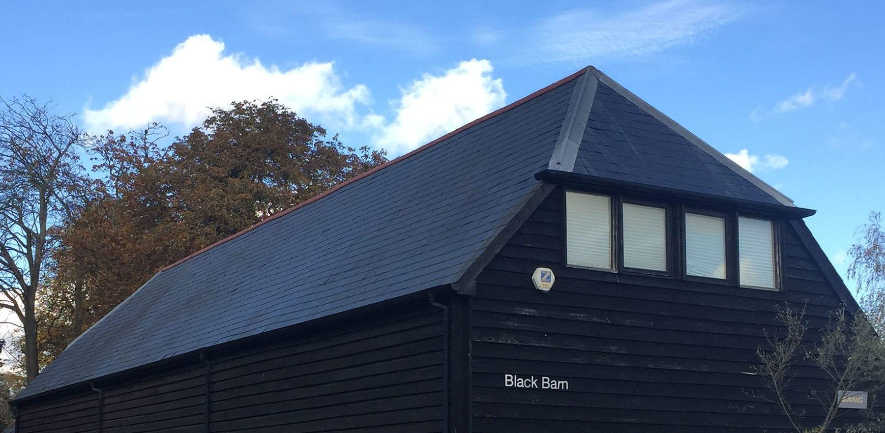 Lifestiles - Spanish Natural Slate Roof Tiles - Black Barn, England 4