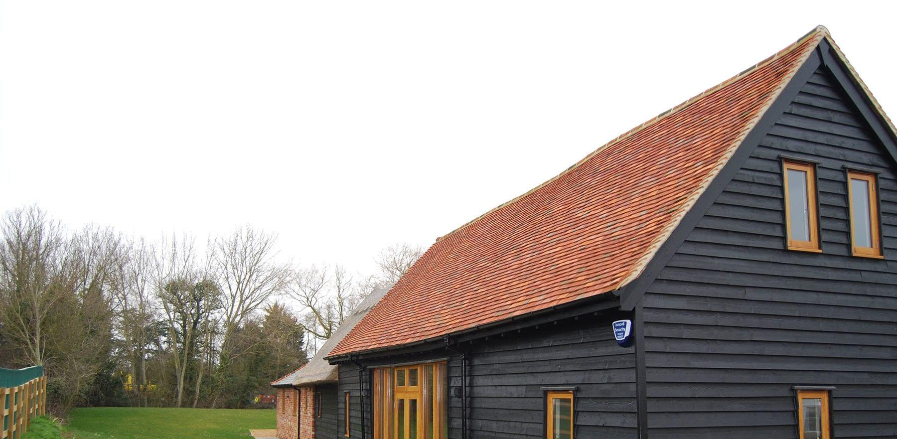 Lifestiles - Handmade Multi Clay Roof Tiles - Ford End, England 6