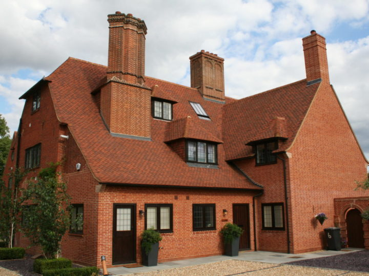 Top tips for selecting the perfect roof tile for your home